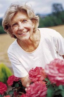 Senior-Citizen-Woman-BxJFDY.jpg