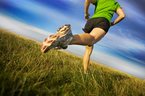 running-woman-ZrIQEz.jpg